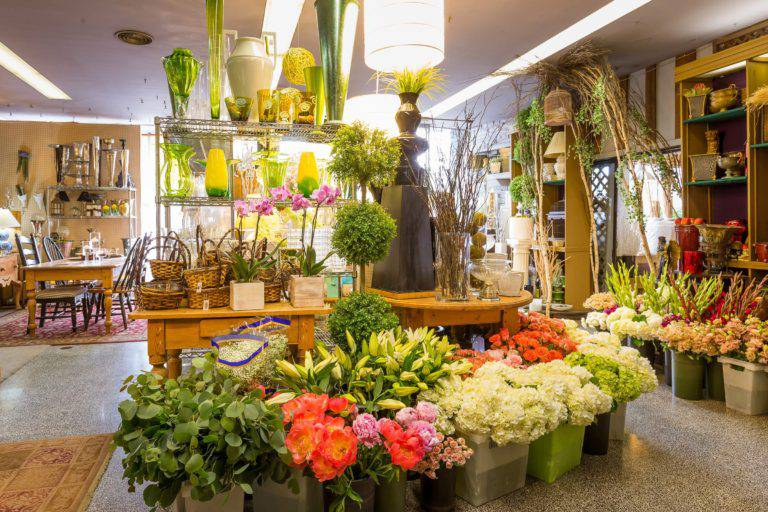 how to start your own flower shop